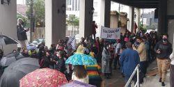 Manifestantes fazem atos contra Bolsonaro e a favor da vacina em cidades de SC